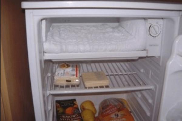 Bị đóng tuyết làm giảm khả năng làm lạnh