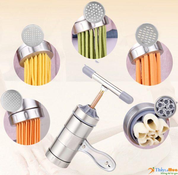 Dụng cụ làm bún là thiết bị nhà bếp dùng để tạo ra những sợi bún, sợi hủ tiếu, sợi mì từ bột gạo hoặc bột mì tại nhà