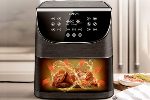 Nồi chiên không dầu là thiết bị nhà bếp nấu thức ăn bằng cách sử dụng không khí nóng để làm chín thực phẩm