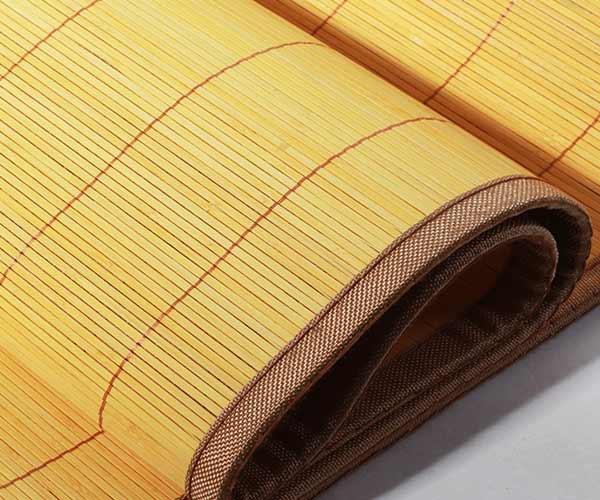 Các loại chiếu được sản xuất chỉ yếu từ trúc, mặc dù vẫn có những khác nhau về cách sản xuất, tuy nhiên sản phẩm có rất nhiều đặc điểm chung